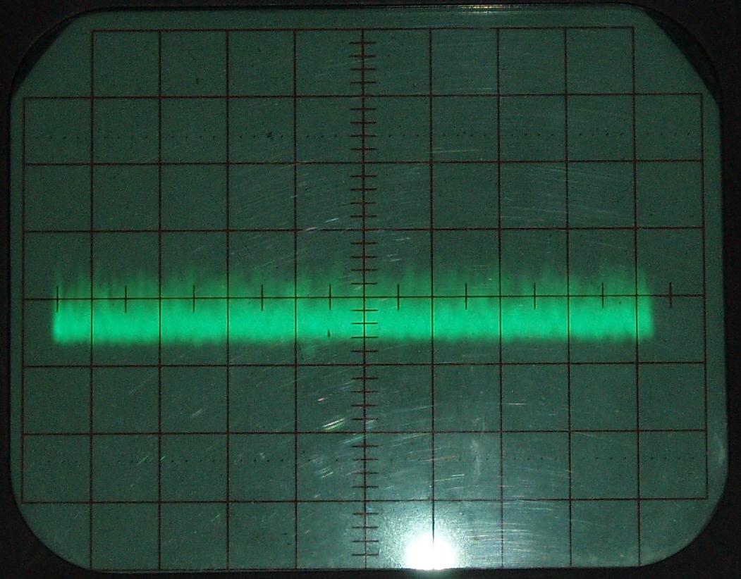 Oszi_30V-Historic-Channel_394MHz-beleuchtet