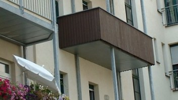 sat antenne f r miet balkon gesucht andere hardware vdr portal. Black Bedroom Furniture Sets. Home Design Ideas